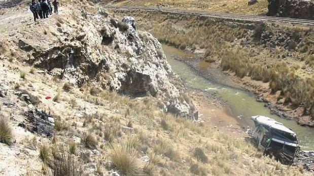 Arequipa: una mujer muerta dejó caída de camión de municipalidad distrital
