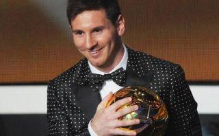 """Messi representa al """"hombre moderno, sexy y atrevido"""" con su traje"""