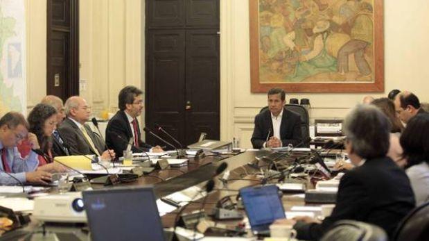 El Ejecutivo precisa sueldos del presidente Humala y sus ministros