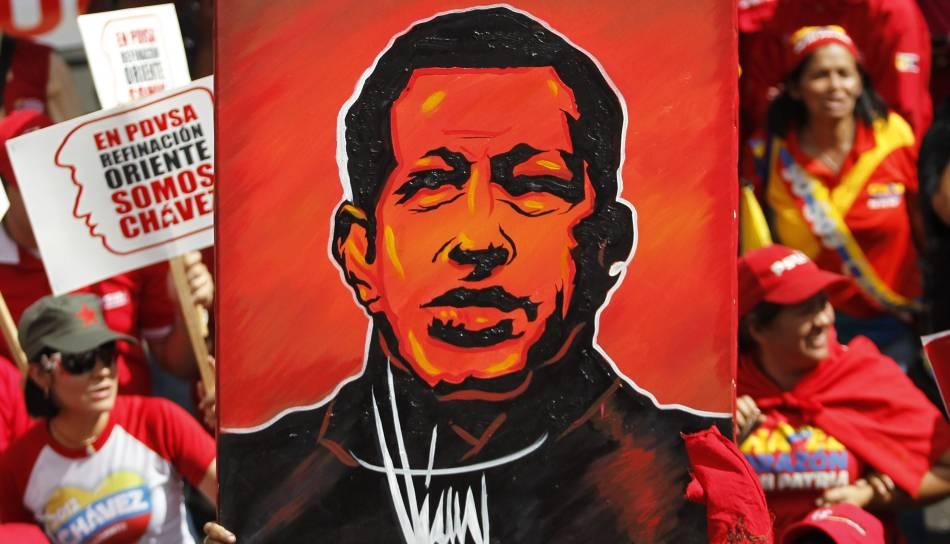 FOTOS: chavistas muestran su respaldo a Hugo Chávez a través del arte callejero