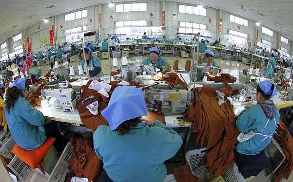 Economía china registró en 2012 su crecimiento más lento en 13 años