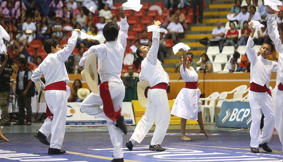 La gran final del Concurso Nacional de Marinera celebrado en Trujillo