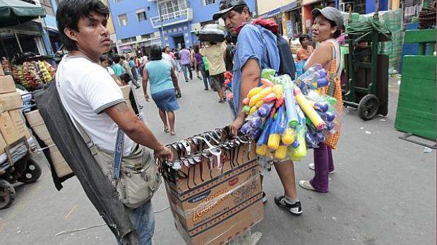 el comercio informal en el peru: