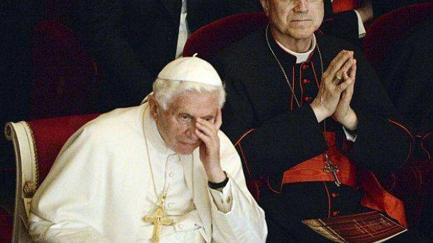 Corrupción y sexo en el Vaticano causaron la renuncia del Papa, según prensa italiana