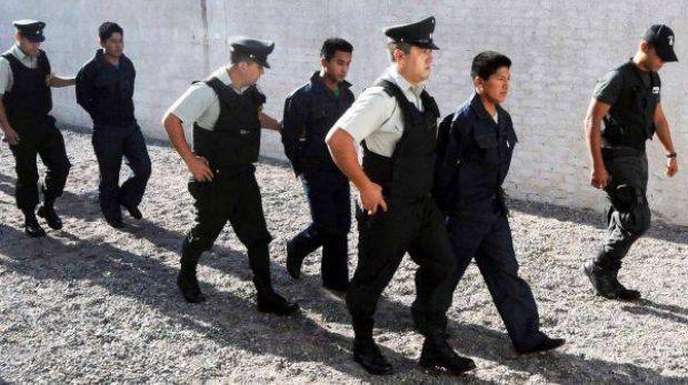 Soldados bolivianos detenidos en chile rechazaron libertad y pidieron ser juzgados actualidad for Juzgado togado militar