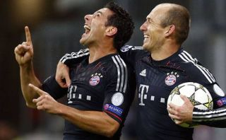 Bayern Múnich descartó purga que incluiría a Claudio Pizarro