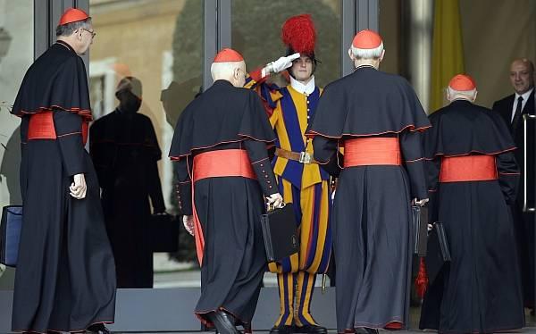Cardenales le enviaron un telegrama al Papa emérito Benedicto XVI