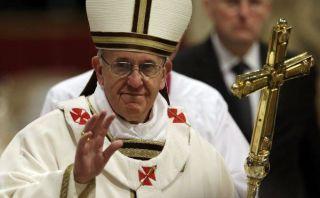 Papa Francisco instó a sacerdotes a ayudar a los pobres y evitar la ambición
