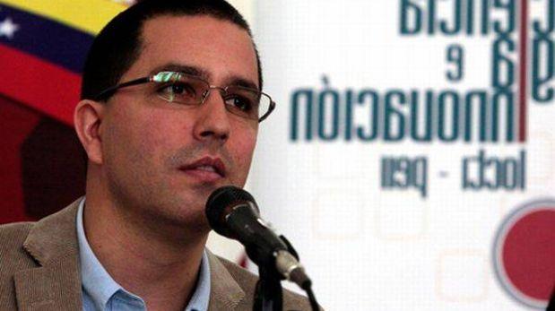 """Vicepresidente de Venezuela admitió corte en conexión de Internet """"para impedir más hackeos"""""""