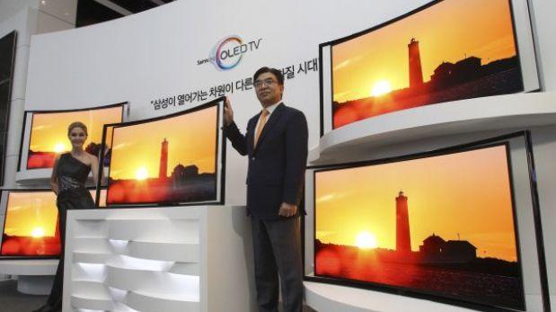 Samsung lanzó su primer televisor curvo con pantalla OLED