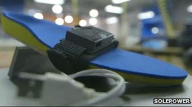 Conoce los audífonos solares para cargar celulares