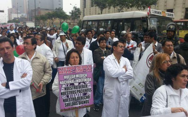 Huelga médica fue acatada en un 25% en Lima y Callao, aseguró el Minsa