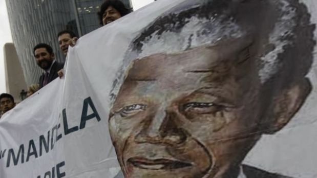 "Nelson Mandela sigue en estado ""crítico"" y a veces ""inestable"""