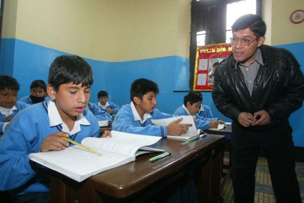Año escolar 2014 comenzará el 10 de marzo en colegios estatales de todo el Perú