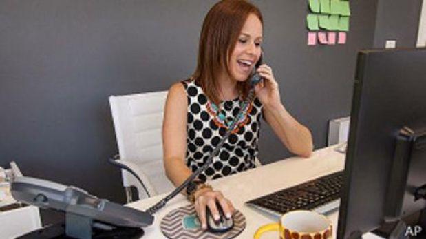 Todav a necesitamos el tel fono en la oficina for Telefono de la oficina