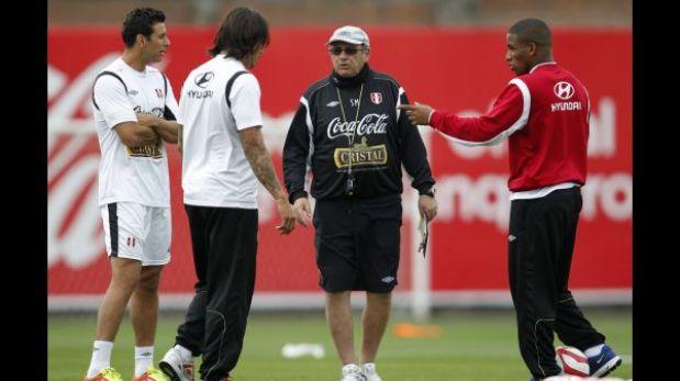 Opciones de Markarián: ¿Cómo jugaría Perú ante Uruguay?