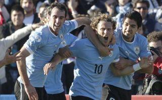 Uruguay muestra sus armas: entrenó con posible equipo que enfrentará a Perú