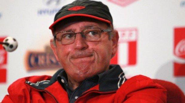 Comisión de árbitros de la Conmebol tildó de fracasado a Sergio Markarián por criticar a réferis