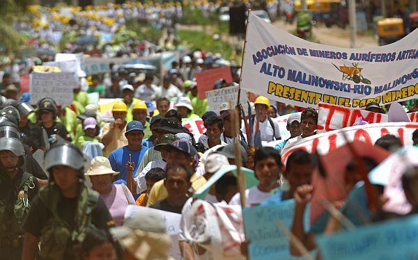 Mineros ilegales buscan formar partido 'chavista'