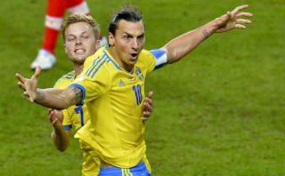 Las estrellas del fútbol que se quedaron fuera del Mundial Brasil 2014 [FOTOS]