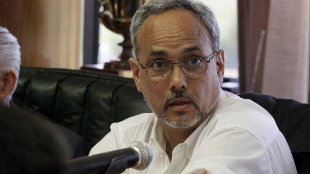 La mayoría no quiere a Manuel Burga: 92% de limeños desaprueba su gestión