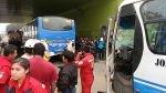 Surco: 19 heridos dejó un choque entre dos vehículos de transporte público - Noticias de clinica san pablo