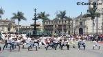 Flashmob contra el sida reunió a decenas de jóvenes en la Plaza de Armas [VIDEO] - Noticias de tomas silva