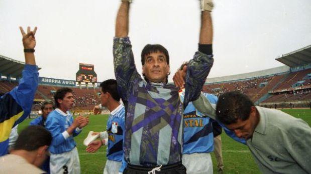 Cristal cumple 58 años: cinco razones por las que es un grande del Perú
