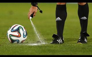 FIFA anunció el uso del aerosol de campo en el Mundial Brasil 2014
