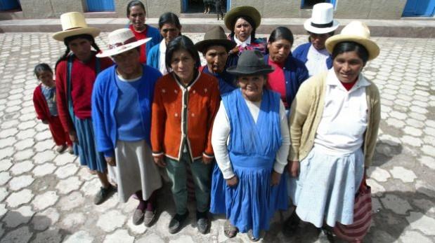 Estas mujeres dieron su testimonio como víctimas de esterilizaciones forzadas durante el gobierno de Alberto Fujimori. Ellas pertenecen al distrito de Huayllacocha, en Anta (Cusco). (Foto: Cecilia Larraburre/Archivo El Comercio)