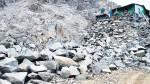 Invasores usan dinamita para aplanar los cerros - Noticias de esteban monzon