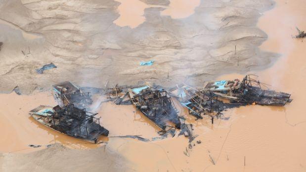 Interdicción contra minería ilegal destruyó equipos y bienes