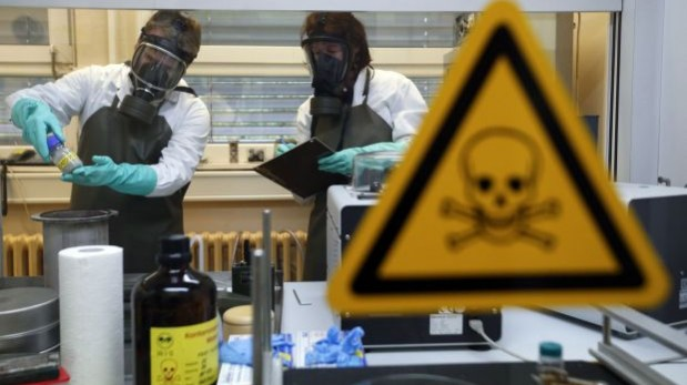 Siria posee armamento químico más letal que existe. El comité ejecutivo de la OPAQ está discutiendo en La Haya si continuará o no con la operación, dado que podrían no cumplir con el plazo para la extracción del arsenal. (Foto Referencial: Reuters)