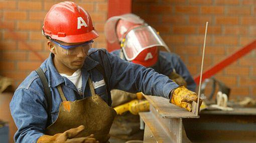 """""""Hay trabajo, falta empleo"""", por Alfredo Torres"""