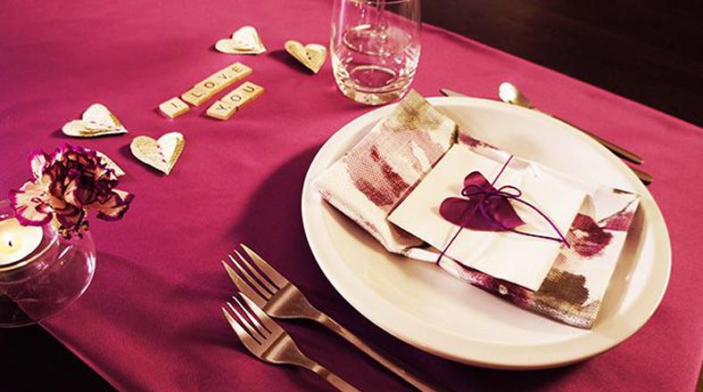 Ideas perfectas para tu cena rom ntica de san valent n for Platos para una cena romantica