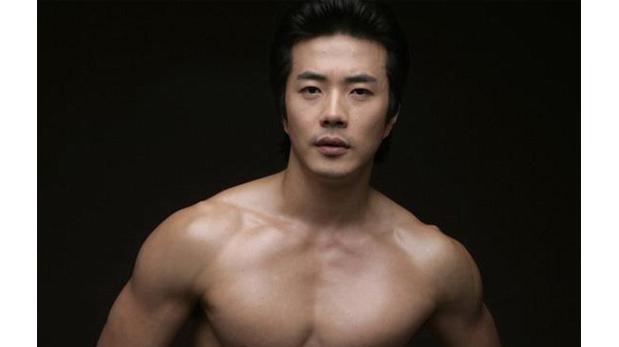 Kwon Sang Woo De Mirada Seductora Y Abdominales Ensue O