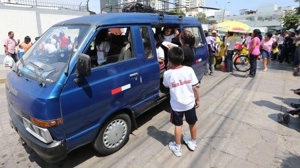 Hoy darán credenciales a unidades de movilidad escolar