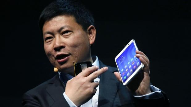 Richard Yu, CEO de Huawei, fue el encargado de mostrar la 'phablet' MediaPad X1. Se promociona como el dispositivo de 7