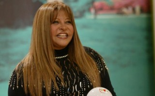 Actriz Zelma Gálvez sufrió el robo de sus maletas durante paro