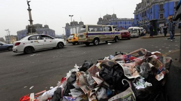 Más de mil toneladas de basura no se recogen a diario en Lima