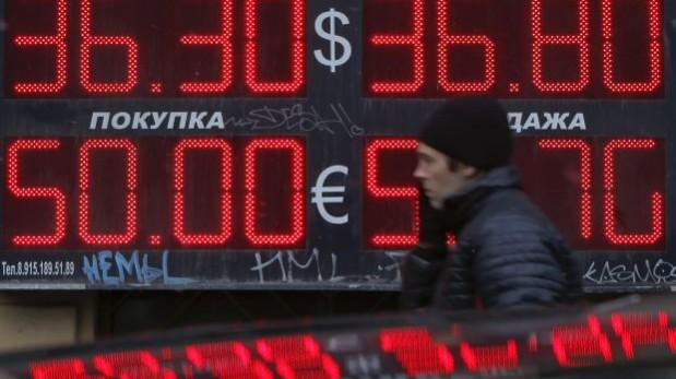 Rusia: Se desploma la bolsa de Moscú por temor a una guerra
