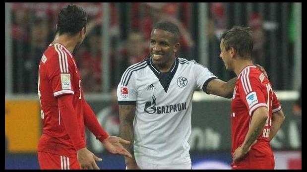 Jefferson Farfán fue defendido por el presidente del Schalke