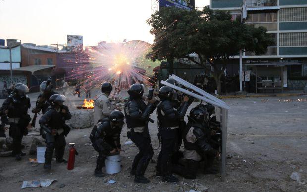 Venezuela: Coroneles se niegan a endurecer la represión