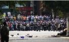 Maduro ordena a los chavistas enfrentarse a los opositores