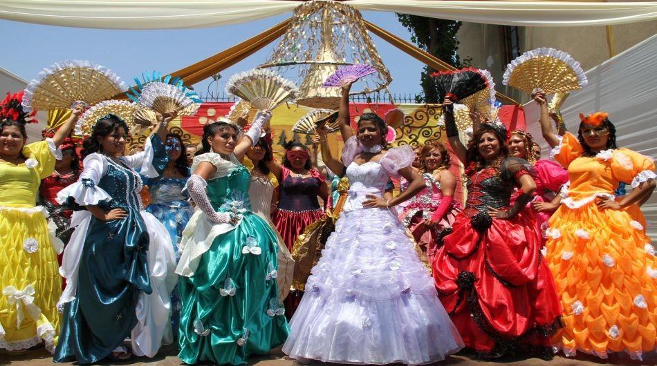 trajes de material reciclado | Foto galeria 1 de 9 | El Comercio Peru