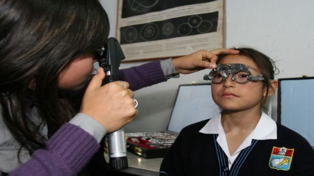 Más de 800 mil escolares serán afiliados al SIS