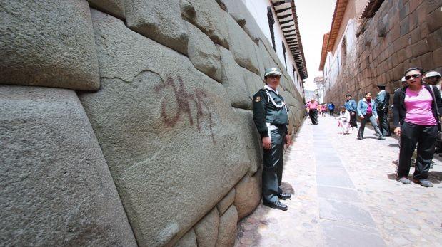 Muros incas manchados: encuentran más en centro histórico