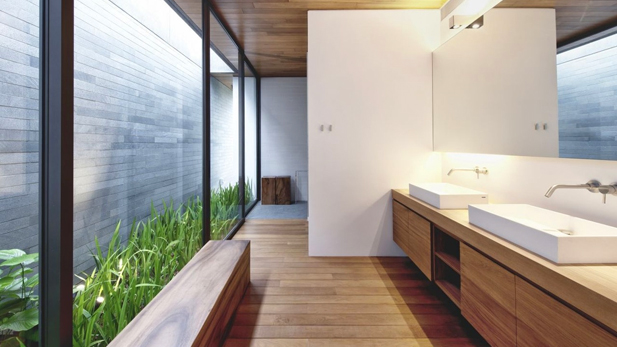 un espacio extra en casa que no es lo grande como para convertirse en un patio puede hacer las veces de jardn interior