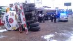 Camión lleno de leche se volcó en la Panamericana Norte - Noticias de gloria palao