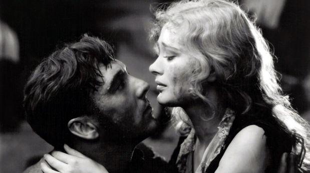 Dos grandes estrellas del momento, George O'Brien y Dolores Costello, fueron los protagonistas de esta superproducción.